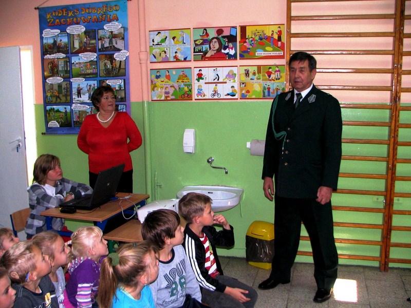 KL Daniel w Lesnie - Dzieci zwierzynie 2012-10 08