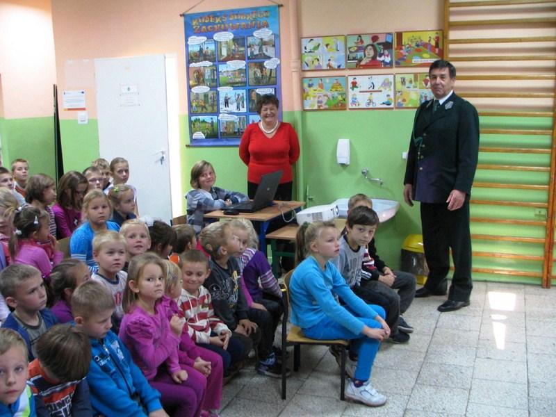 KL Daniel w Lesnie - Dzieci zwierzynie 2012-10 10