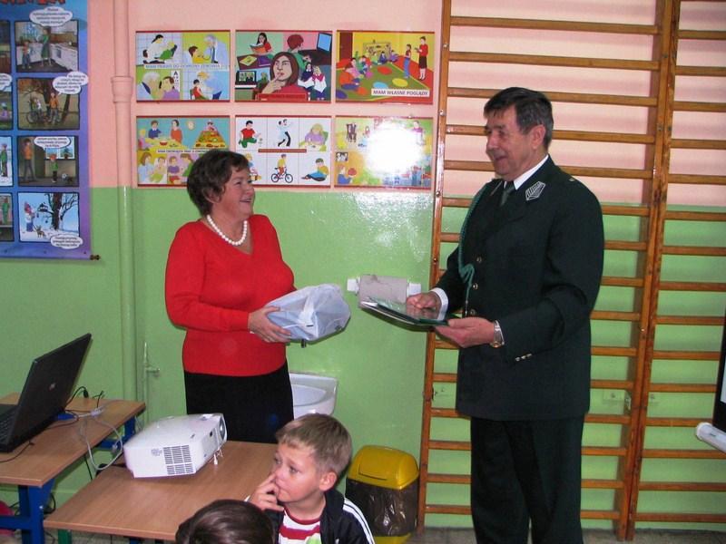 KL Daniel w Lesnie - Dzieci zwierzynie 2012-10 11