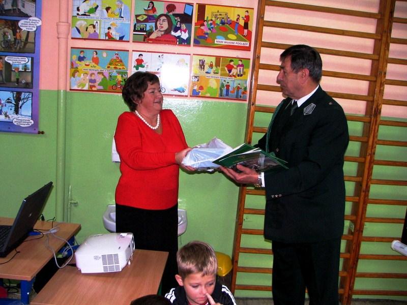 KL Daniel w Lesnie - Dzieci zwierzynie 2012-10 12