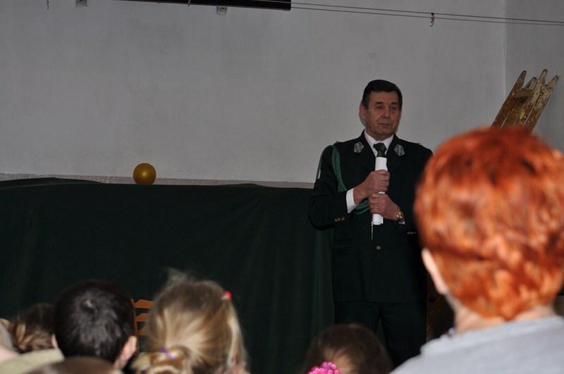 KL Daniel w Lesnie - Mysliwi dzieciom- Dobrzejewice 2012 11