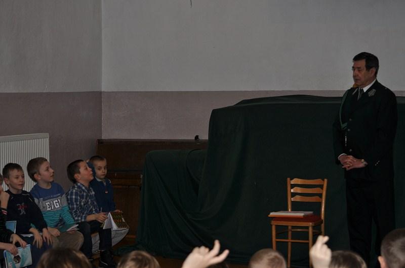 KL Daniel w Lesnie - Mysliwi dzieciom- Dobrzejewice 2012 13