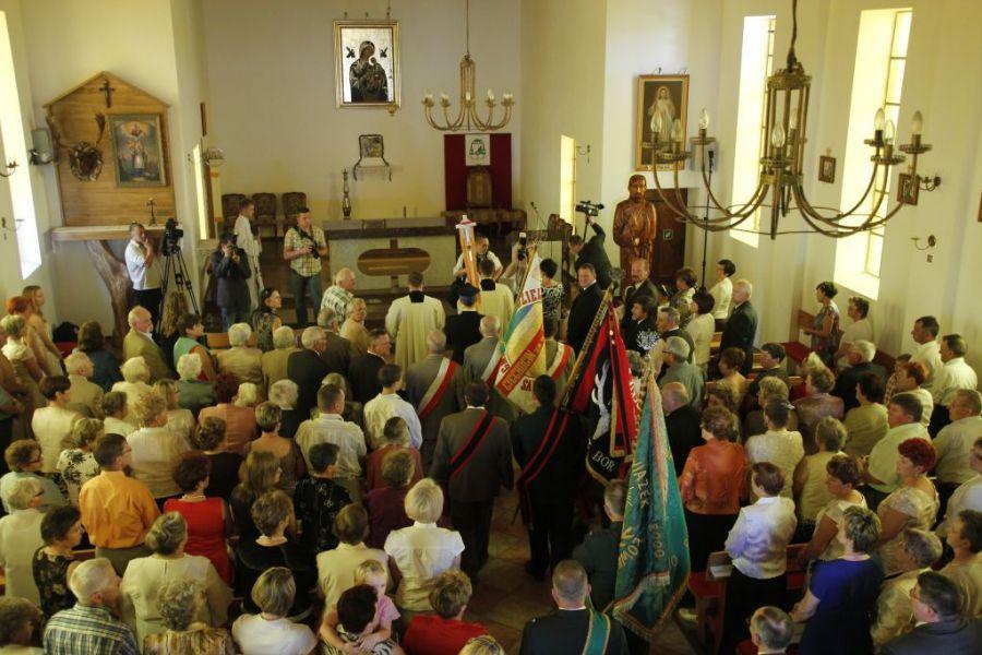 KL Daniel w Lesnie - Oltarz 2012 01