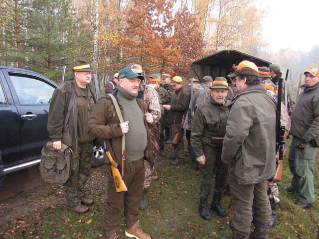 KL Daniel w Lesnie - Polowanie Hubertowskie 2014 04