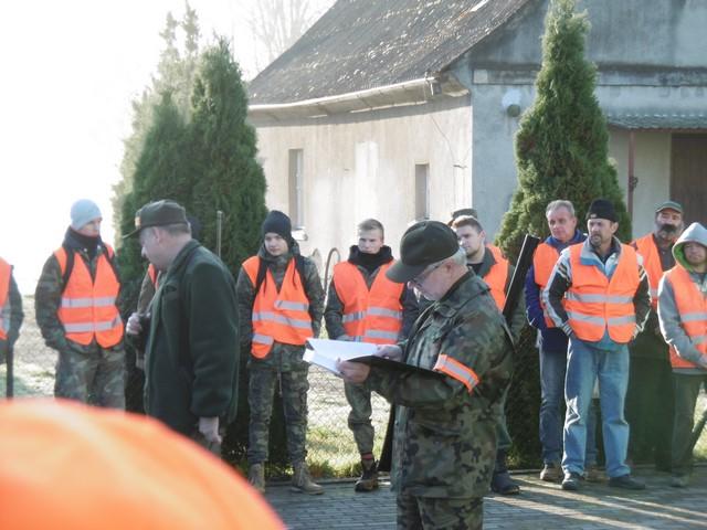 KL Daniel w Lesnie - Polowanie hubertowskie 2017-11 05