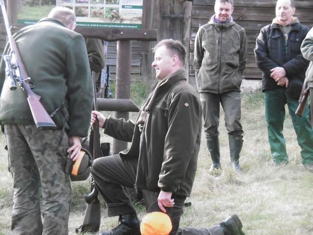 KL Daniel w Lesnie - Polowanie hubertowskie 2017-11 21