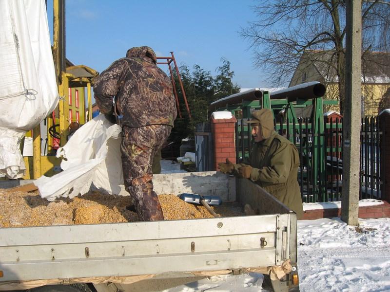 KL Daniel w Lesnie - Praca w lowisku 2014-01-25 05