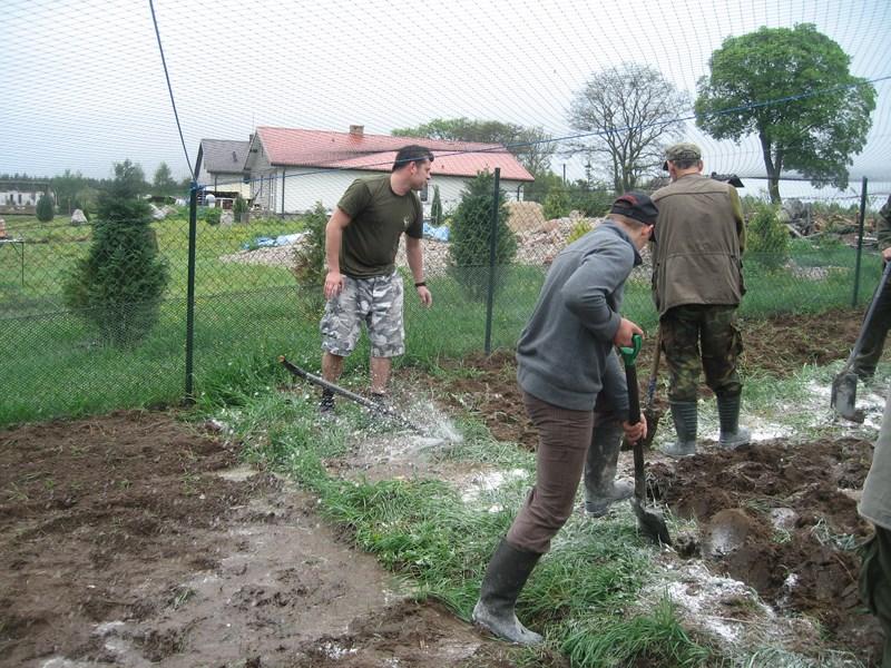 KL Daniel w Lesnie - Praca w wolierze 2013-05 12