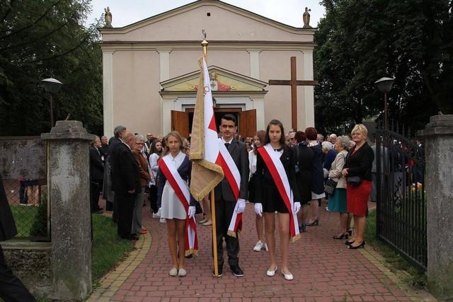 KL Daniel w Lesnie - Uroczystosc szkolna 2017-09 08