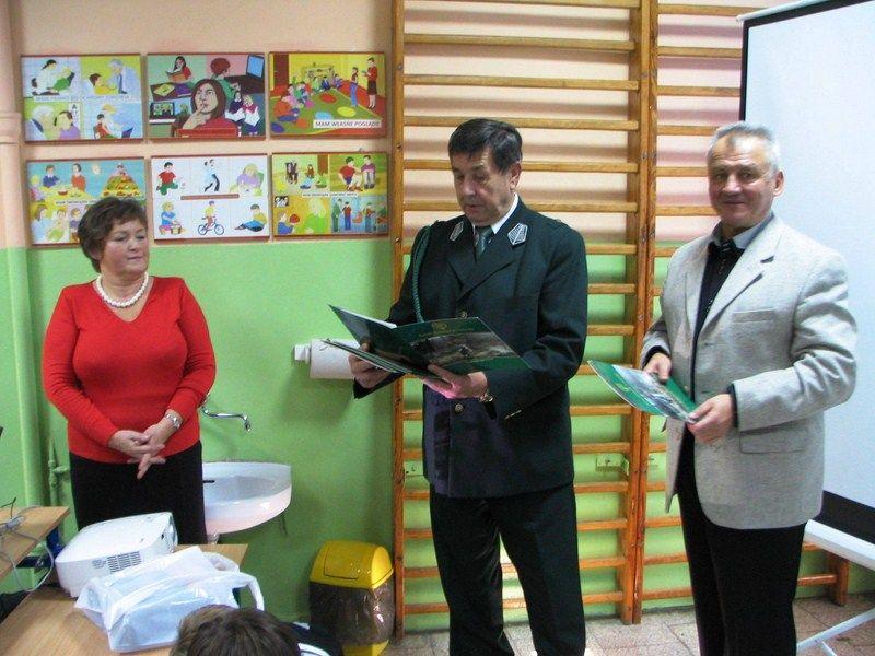 KL Daniel w Lesnie - Dzieci zwierzynie 2012-10 04