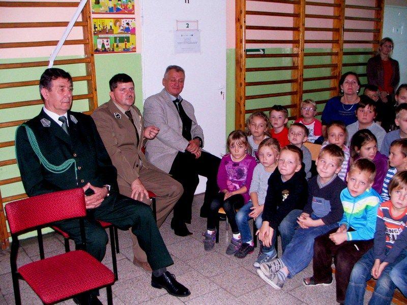 KL Daniel w Lesnie - Dzieci zwierzynie 2012-10 06