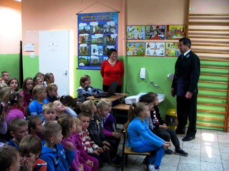 KL Daniel w Lesnie - Dzieci zwierzynie 2012-10 13