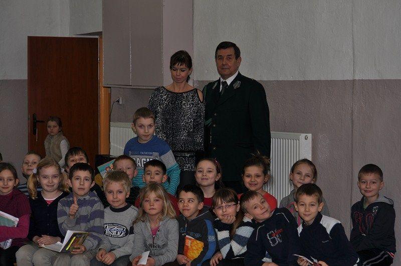 KL Daniel w Lesnie - Mysliwi dzieciom- Dobrzejewice 2012 04