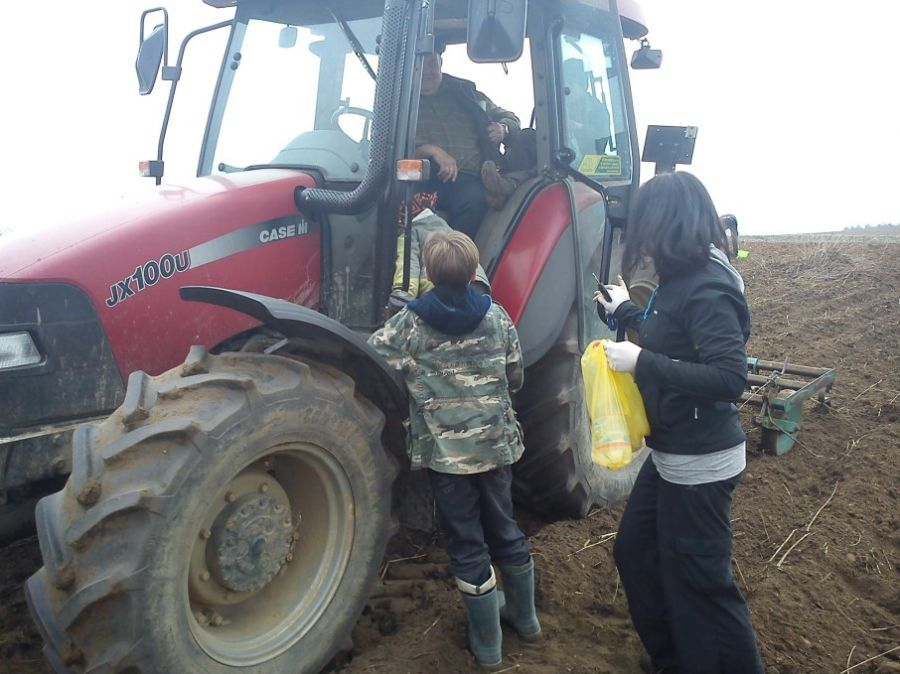 KL Daniel w Lesnie - Mysliwi dzieciom- Topinambur 2012 15