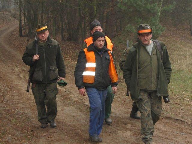 KL Daniel w Lesnie - Polowania zbiorowe 2014 09
