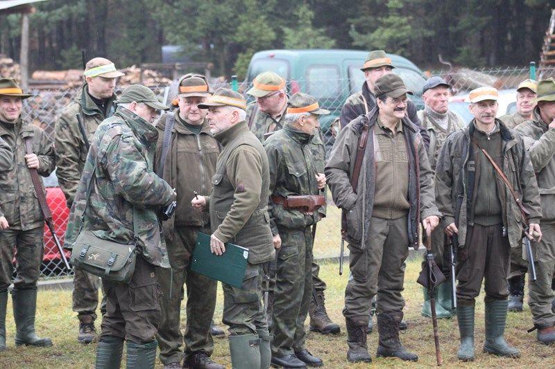KL Daniel w Lesnie - Polowanie Hubertowskie 2013 02